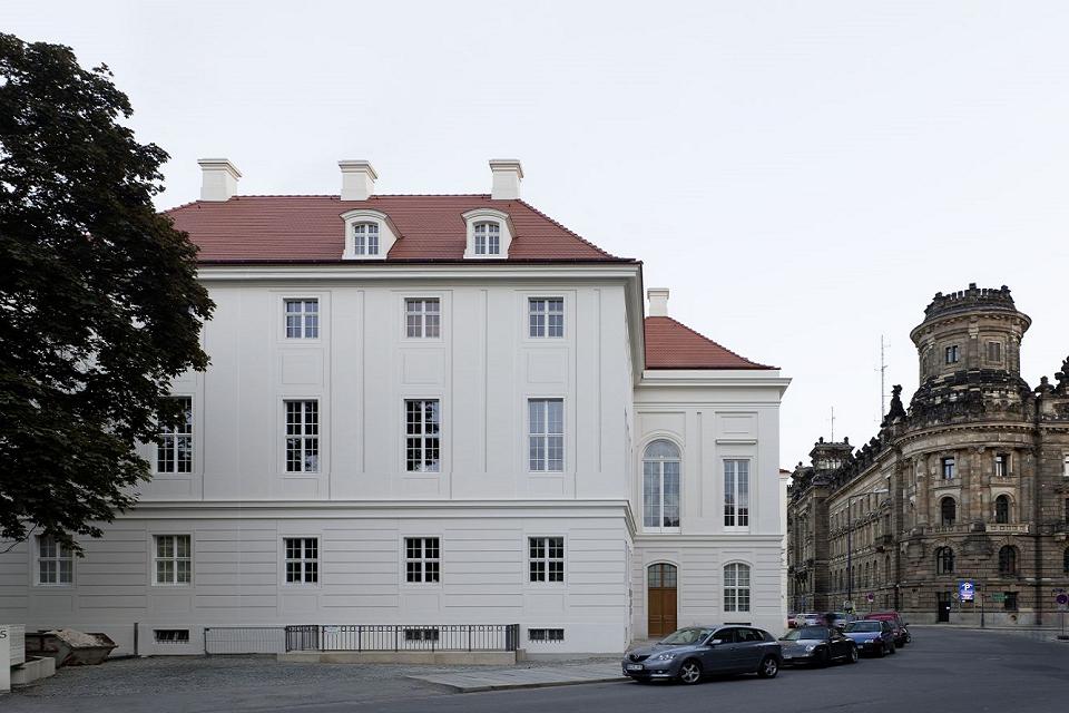 FIRA® Firmensitz - Kurländer Palais Seite