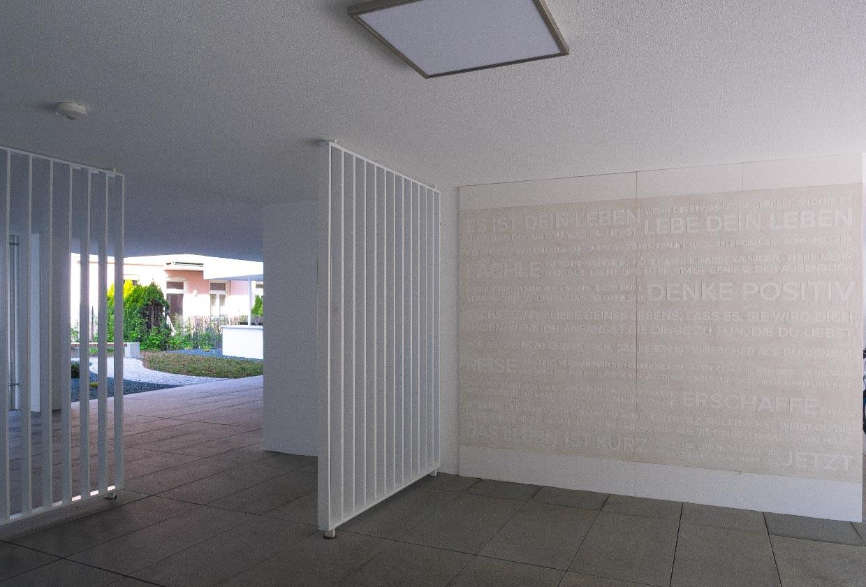 FIRA Feng-Shui Haus Eingang